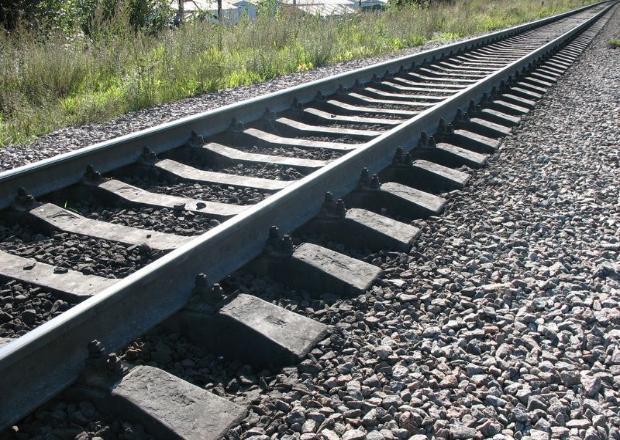 Под Краснодаром поезд насмерть сбил молодого мужчину