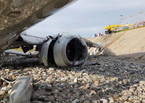 СМИ: причиной аварийной посадки самолета в Сочи стала ошибка пилотов