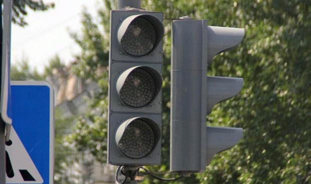 Светофор отключат на перекрестке Калинина и Тургенева в Краснодаре