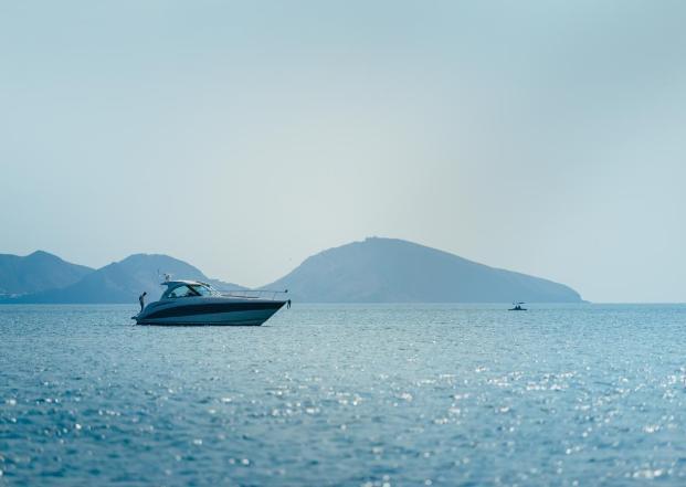 На Кубани капитан катера в шесть раз превысил число пассажиров на борту