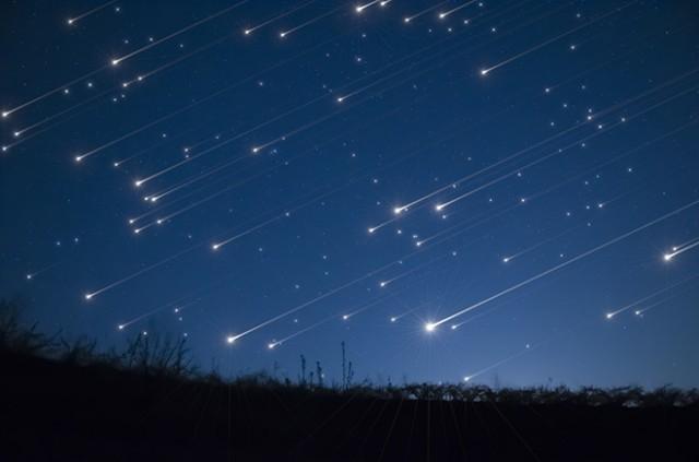 17ноября барнаульцы смогут наблюдать пик звездопада «Леониды»