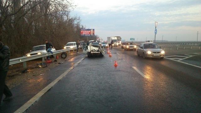 В Динском районе в аварии погибли водитель и пассажир «Лады»