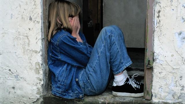 13-летняя жительница Кубани попала на крючок педофила-шантажиста и чуть не свела счеты с жизнью
