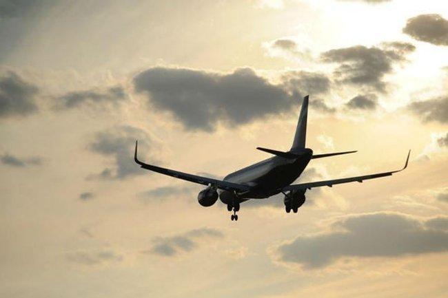 На борту самолета, экстренно севшего в Сочи, умер англичанин