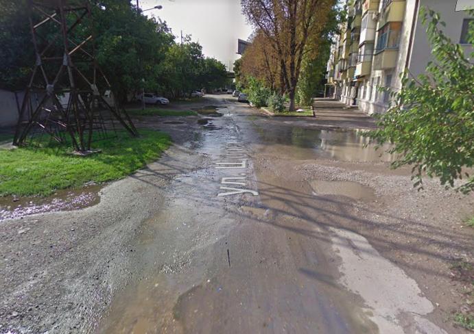 Постоянные потопы на улице Щорса в Краснодаре ликвидируют