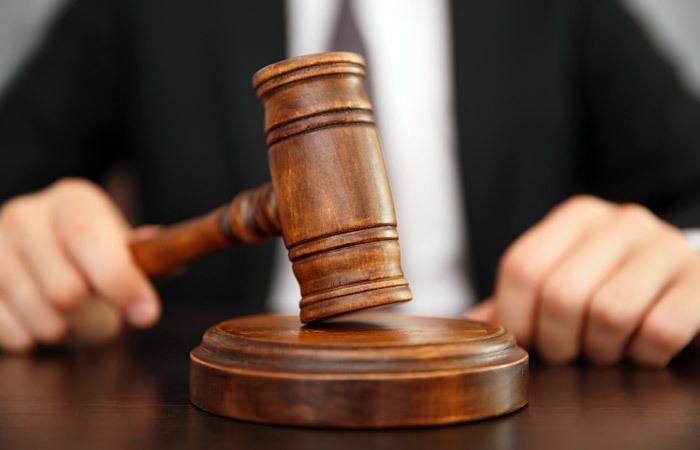 Главу поселения в Славянском районе заподозрили в краже 300 тысяч рублей
