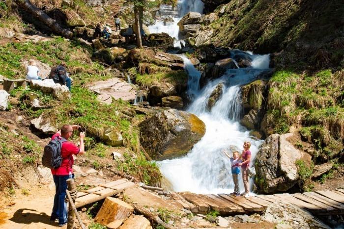 Маршрут через водопады открыли в Краснодарском крае