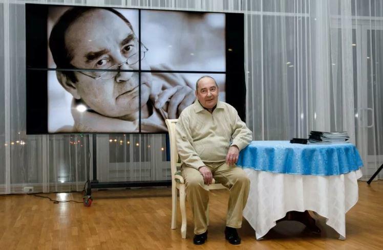 Предстоящий спектакль в Краснодаре омрачился смертью актера