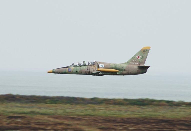 Военный самолет рухнул на севере Кубани