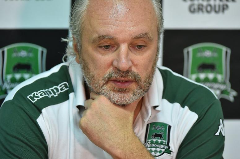 «Смолов уедет»: тренер ФК «Краснодар» рассказал, какая судьба ждет «звезду» команды