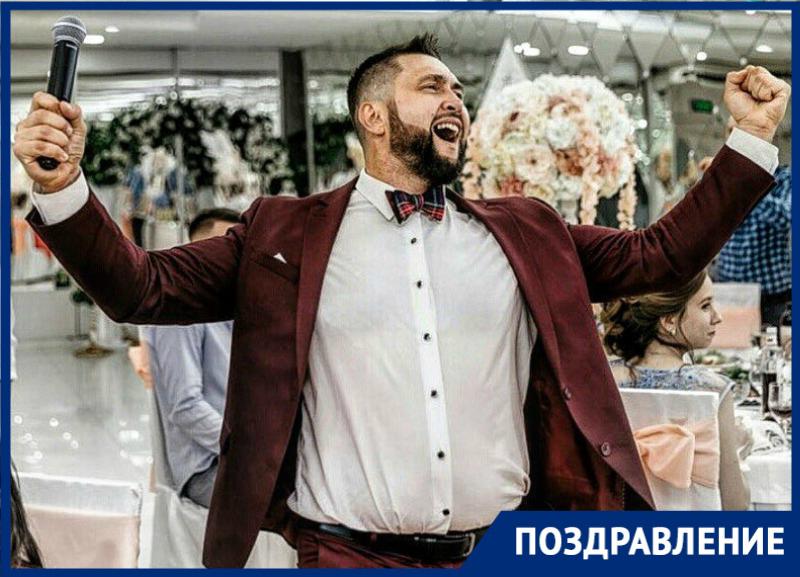 Ведущий проекта «Сбросить Лишнее» Виталий Белан празднует свой день рождения