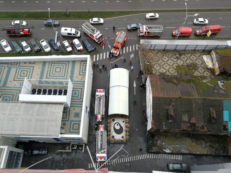 В краснодарском ЖК «Адмирал» загорелась квартира: жильцов эвакуировали