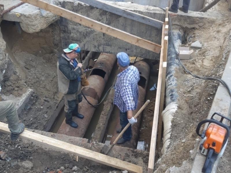 Жителей центра Краснодара оставили без горячей воды еще на пару недель