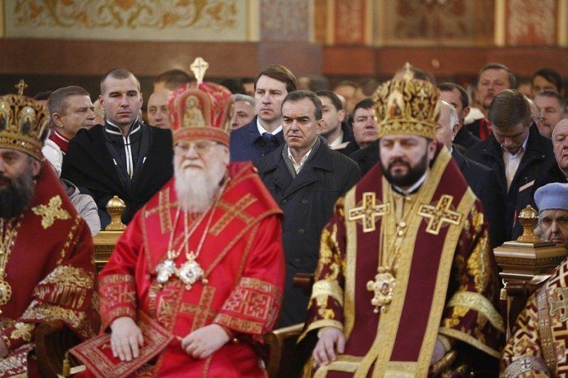 Губернатор Кубани побывал на литургии в честь памяти Святой Великомученицы Екатерины