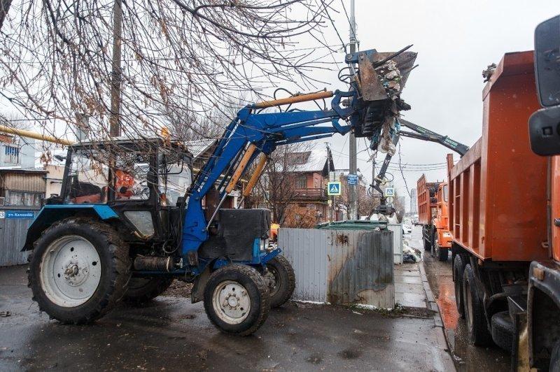 С улиц Краснодара вывезли почти 1000 кубометров мусора