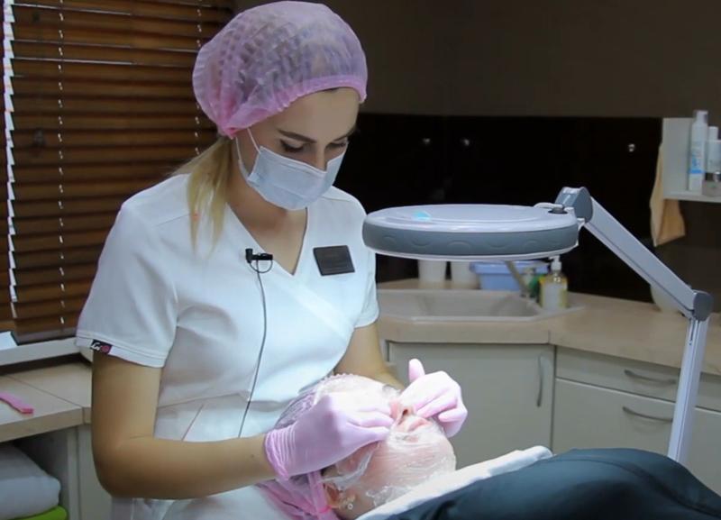 За идеальной кожей участница «Преображения» Ольга Гаврилова отправилась к косметологам
