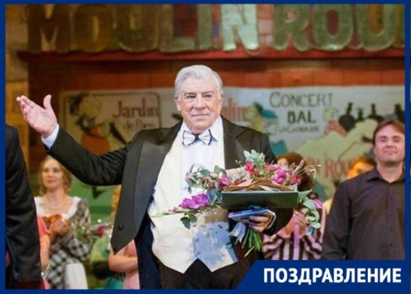 День рождения отмечает актер и режиссер Музыкального театра Краснодара Юрий Дрожняк