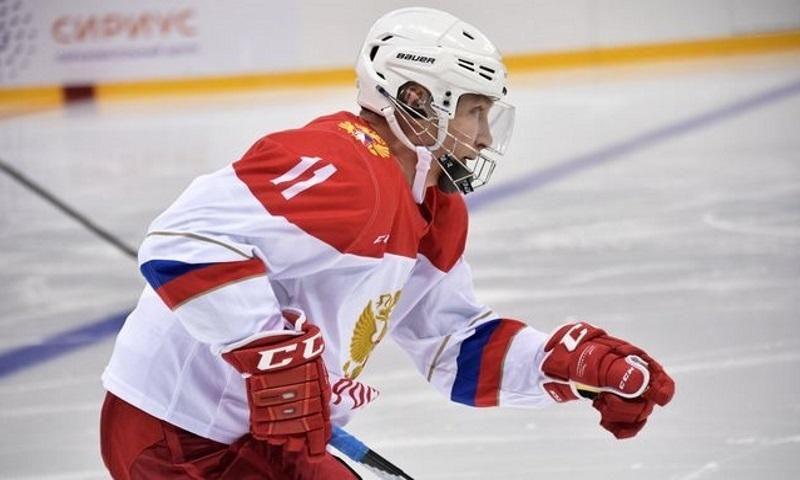 «Все голы рабочие»: Путин забросил 5 шайб в гала-матче в Сочи