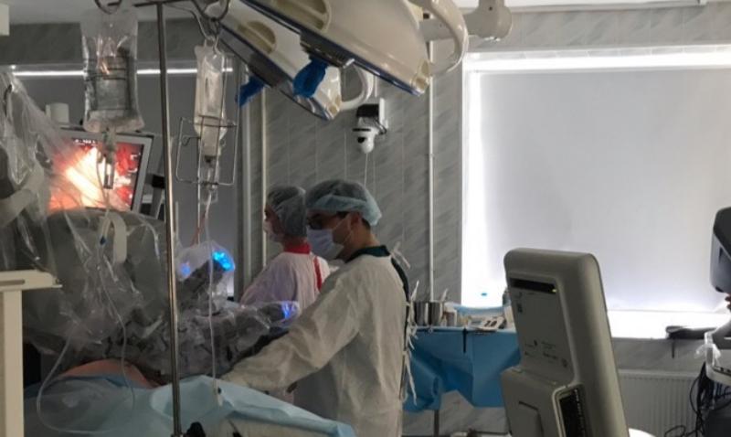 Краснодарские врачи удалили у мужчины огромную опухоль и сохранили почку