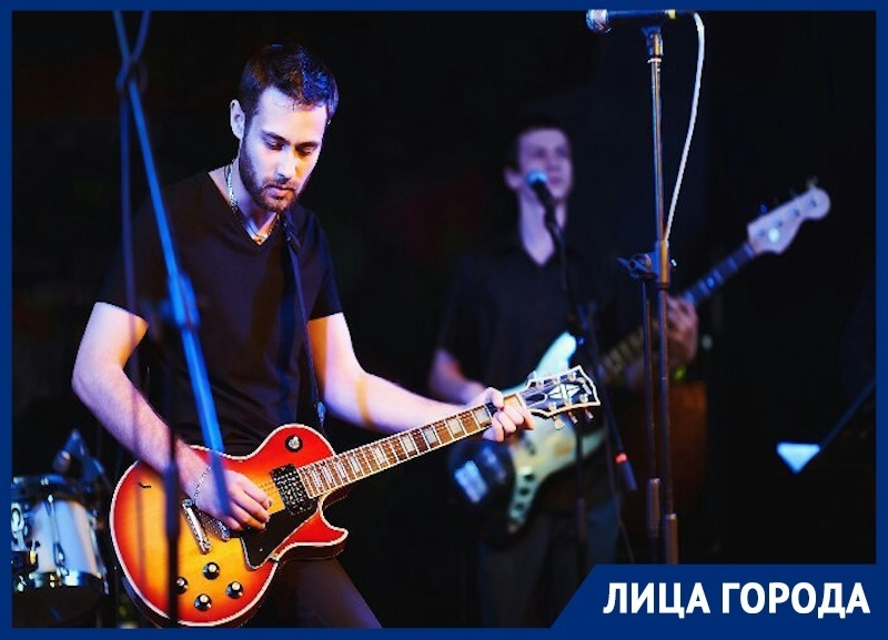 «Я хочу, чтобы мою музыку слышали», - сибирский музыкант Валерий Никонов, создавший рок-группу в Краснодаре
