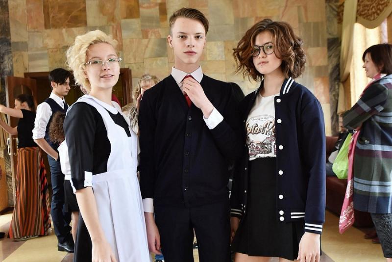 О последних тенденциях школьной моды рассказали в Краснодаре