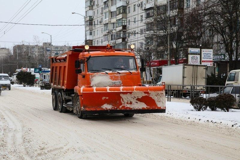 «Травм не будет!»: Краснодар зимой усыпят песком и солью