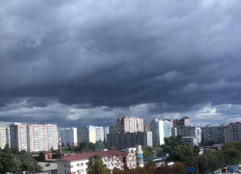 Экстренное штормовое предупреждение объявили на Кубани