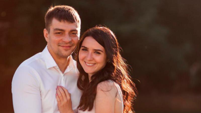 Семейную пару из Краснодара третьи сутки держат взаперти в аэропорту Мексики