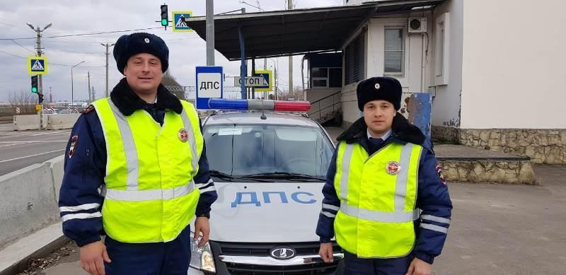 Полицейские помогли тяжело раненому краснодарцу добраться до больницы