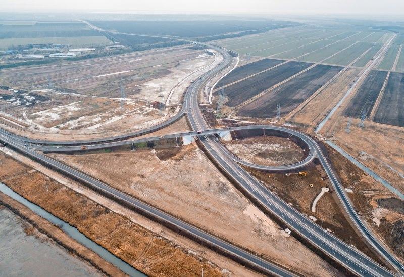 По дороге к Крымскому мосту на Кубани построили развязку