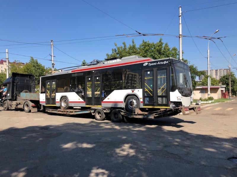 Из Вологды в Краснодар доставили первый троллейбус с автономным ходом