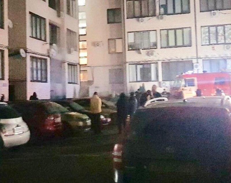 Спасатели только с третьего раза пробились к месту пожара в Музыкальном микрорайоне Краснодара