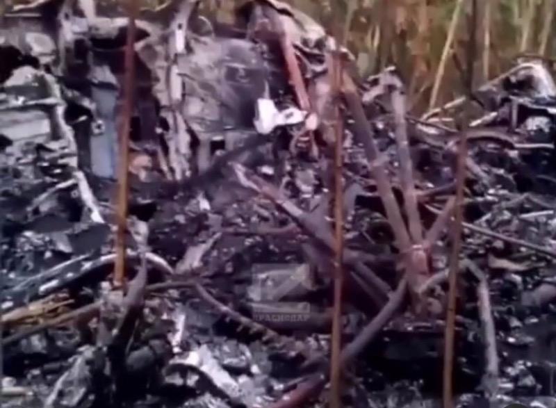 63-летний пилот погиб при крушении вертолета Ми-2 на Кубани