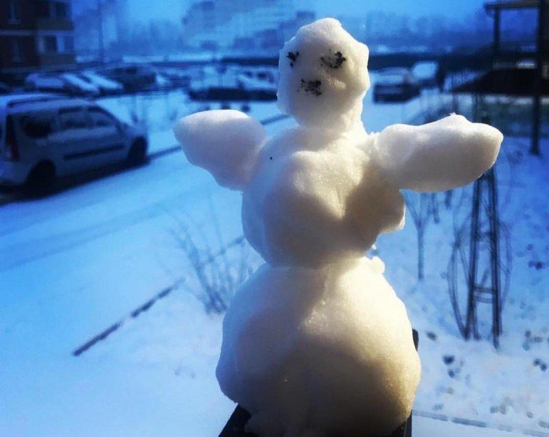 Пока не растаял: краснодарцы порадовались выпавшему снегу