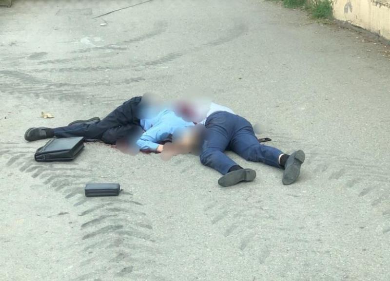 В Адлере мужчина застрелил двух приставов которые пришли по делу о сносе дома