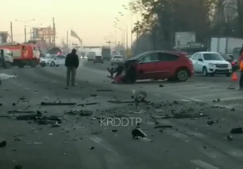 Страшная авария произошла на выезде из Краснодара