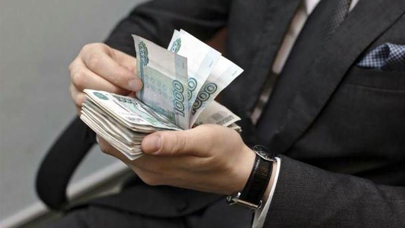 Пять лет чиновники Кубани незаконно выписывали себе премии
