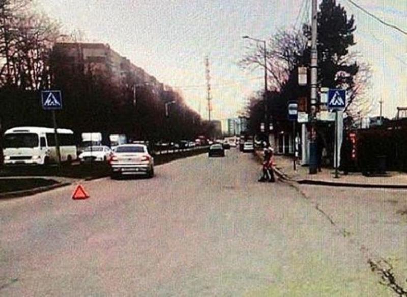 Со смещением позвонков доставлен в больницу ребенок после ДТП в Краснодаре