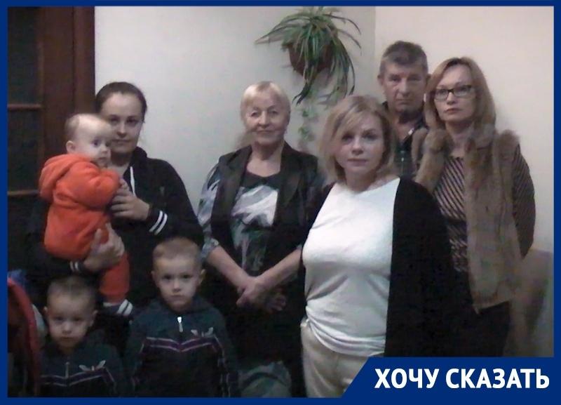 600 семей, оставшиеся без горячей воды, не могут достучаться до губернатора Кубани и других чиновников