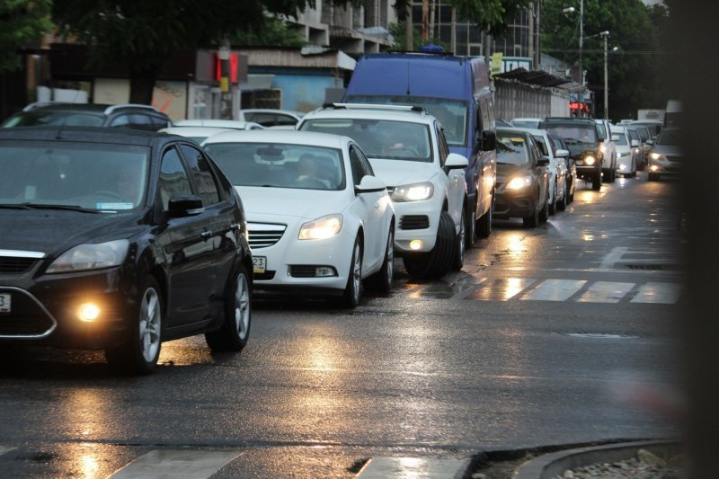 Мэр Краснодара рассказал, почему в городе пробки и как с ними бороться