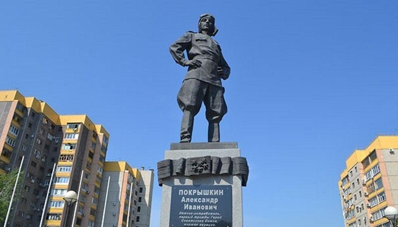 Глава Краснодара Евгений Первышов рассказал о судьбе памятника Александру Покрышкину