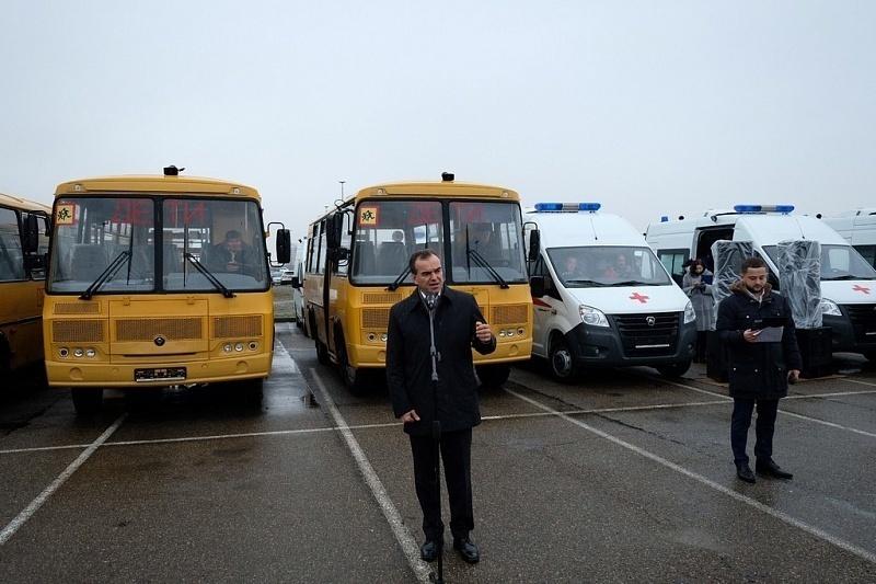Автопарк Кубани пополнился на 74 автомобиля за счет государства