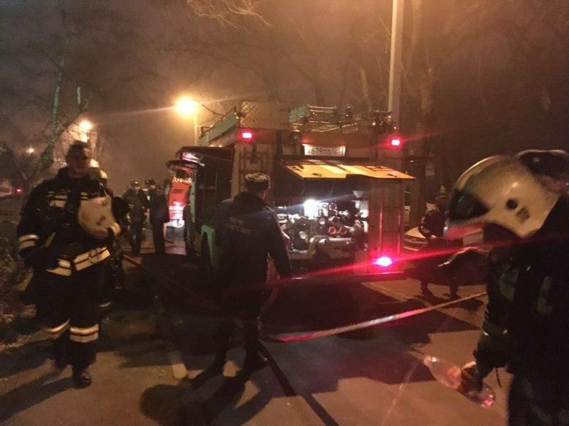 Из-за пожара в краснодарской многоэтажке жильцов дома эвакуировали