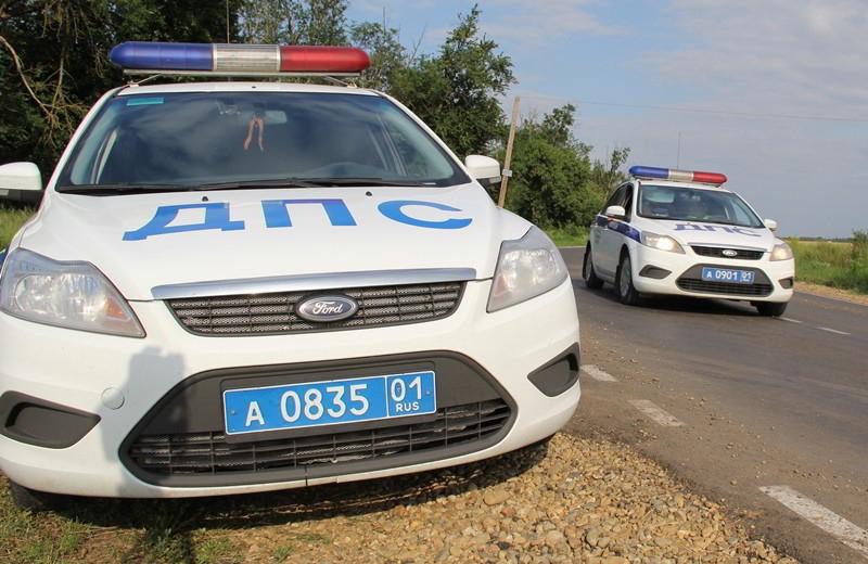 Полицейские Адыгеи пришли на помощь юным краснодарским спортсменам