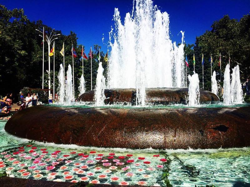 В Краснодаре заработали фонтаны