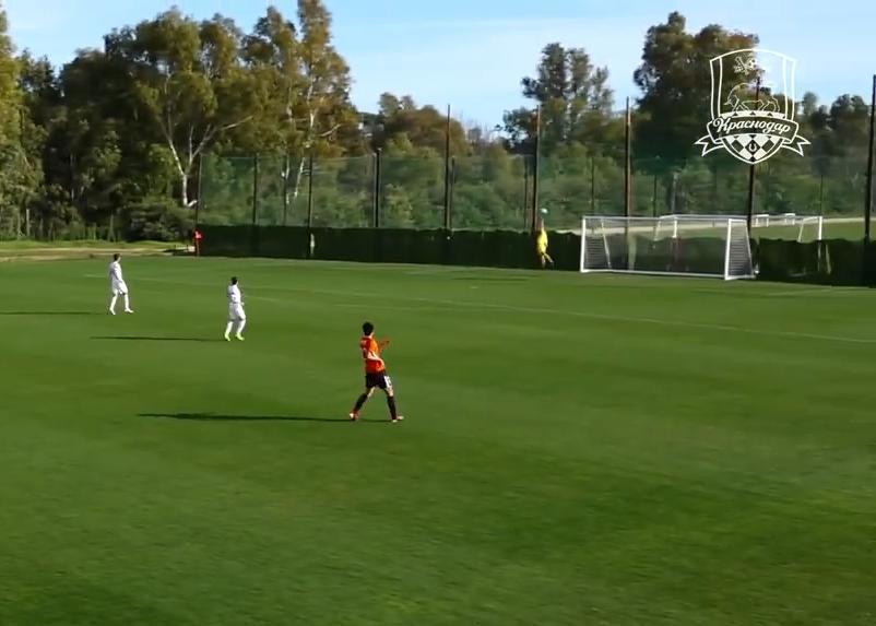 «Краснодар» пропустил гол с центра поля от китайского клуба