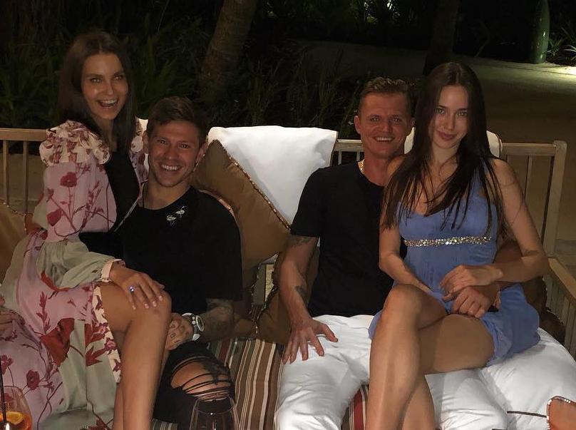 Краснодарец Смолов отправился на Мальдивы с экс-мужем Бузовой и его новой невестой