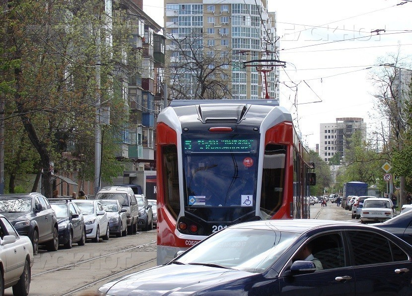 За три месяца электротранспорт Краснодара проходит почти 200 экваторов