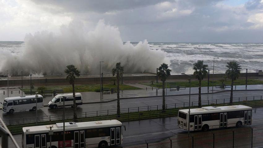 ВСочи предполагается ветер исильный дождь Фото
