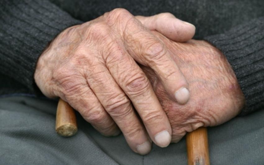 ВБелореченском районе 85-летнего пенсионера избили вего доме